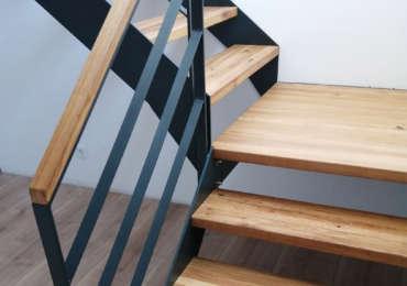 Treppenbau aus Holz & Metall